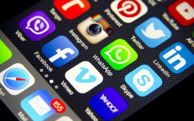 Peritaje de Whatsapp en IPhone 400x250 - Perito Informático Madrid y Valencia